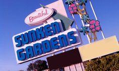Sunken Gardens is an elegant venue for an outdoor wedding ceremony and indoor reception in St Petersburg, Florida!