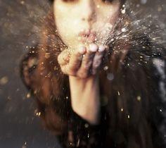 magic, idea, photographi beauti, dream, dust, inspir, captur moment, blow, pictures with glitter