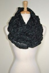 knit scarv, fashion scarv, loop scarv