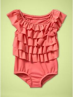 Love this little girls swimsuit!!