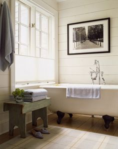 bathroom, clawfoot tub
