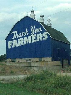 I know that barn!!  It's right by my in-laws house in Wisconsin!  Love culvers!