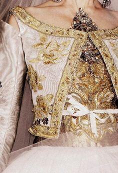 Baroque couture ..............