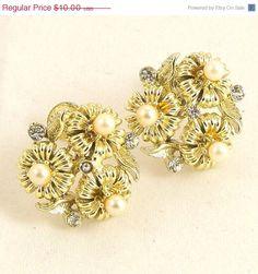 Vintage 1960s Earrings Rhinestone Lisner Flower Pearl by Revvie1, $9.00