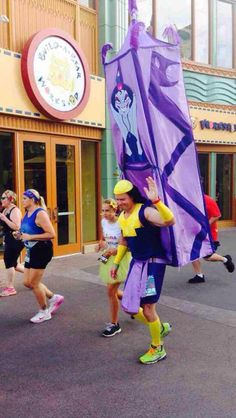 A costume spotted at the Disneyland 10K run.