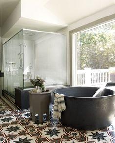 //Wow - what a cool tub/bathroom!