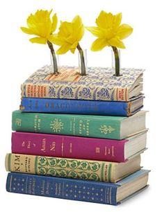 make a book, idea, crafti, librari, book vase, flower vase, diy, book crafts, old books