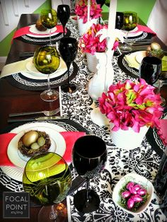 Make your #Easter #tablescape happy with layered black & white pattern textiles from HomeGoods and pops of PINK! #Spring #HomeGoodsHappy #sponsored