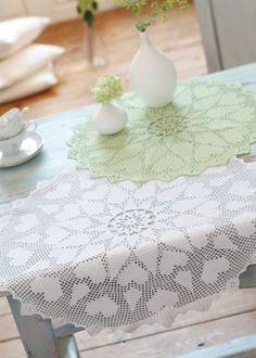 Heart motif crochet mat pattern