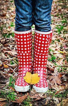 rain boots!! <3