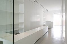 All-white interior by Artspazios architects.
