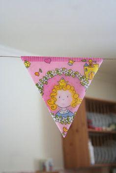 Kifli és levendula: Dekoráció gyerekzsúrra szalvétából Birthday banner made from paper napkins