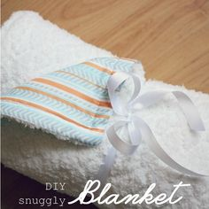 Simple DIY baby blanket