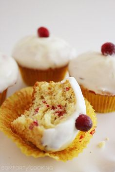 The Comfort of Cooking » Glazed Cranberry Orange Muffins