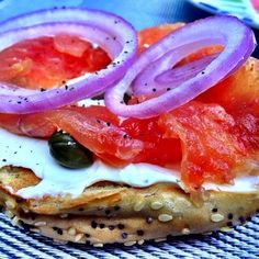making gravlax at home is way easier than you think. perfect for a Saturday bagel brunch, no? #bagels #brunch #salmon #curedfish