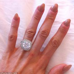 I know it's Peaches Geldof, and her fingers are very bony, but this ring is beautiful.