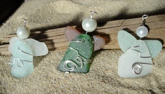 My Aunt Kim has her new blog and etsy shop open. She hand made all the jewelry seen on these pages, from Seaglass found right here on Cape Cod. Its all one of a kind, naturally made, no artificial tumbling of this glass. Only Mother Nature and the Sea knows its origins. please feel free to join her blog and follow her etsy page.