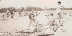 7 Amazing Lost Photos Found In Used Books