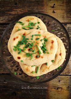 Grain Free Garlic Naan. (Gluten/Yeast/Nut/Dairy Free)
