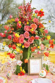 Enchanting Bridal Shower Decoration Ideas: Garden Theme. http://memorablewedding.blogspot.com/2014/02/enchanting-bridal-shower-decoration.html