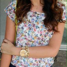 Tops - Floral cropped top 2