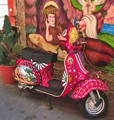 Honor the Vespa: It's Sicily's Eleventh Commandment. (Photo by Randy Ratzlaff)