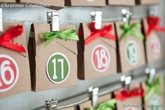 Christmas Countdown. Something about brown paper packages always gets me! Love this! #christmas #craft