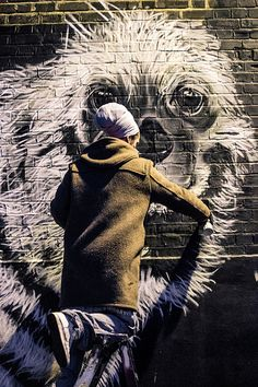 Beyond Banksy Project / Louis Masai at work - London, UK