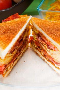 Tomato Bacon Grilled Cheese Sandwich #Recipe