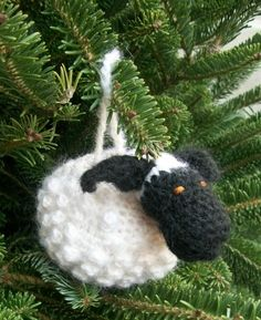 Chubby Sheep - free crochet pattern