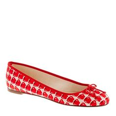 These are such perfect teacher shoes!! #dental #poker