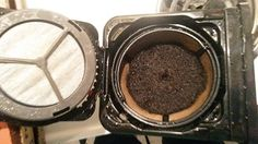 Great uses for Used Coffee Grounds! - http://saviorcents.com/great-uses-for-used-coffee-grounds/ - #CoffeeGrounds, #UsedCoffeeGrounds