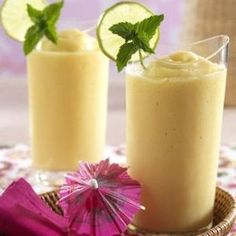 Rum Pina Colada Protein Shake - only 3 carbs! Low Carb
