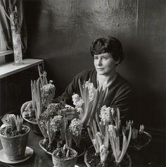 Doris Lessing [1958 Ida Kar].