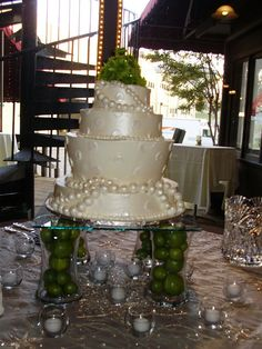 fruit cake stand