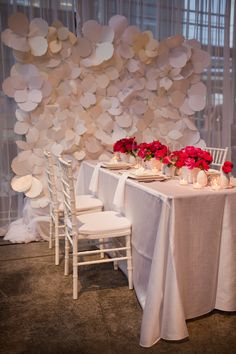 Love the backdrop. Photography By / http://jessicahillphotography.com/,Floral Design By / http://blumfloraldesign.com