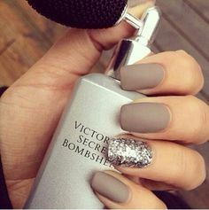 Matte grey nails with sparkly ring finger!