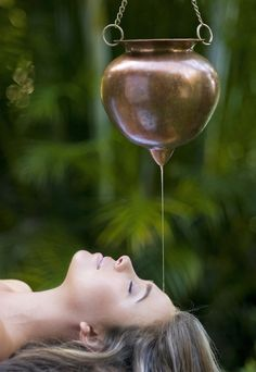 Shirodhara Therapy: a gentle stream of warm herbal blend oils on the forehead calm and nourish the nervous system and open the vital energy channels in the head. This important energy flow point is known as the 6th chakra. The oils used are made with herbs that pacify the doshas and are custom to your individual needs.