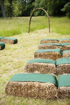 Outdoor ceremony seating #ceremony #southernweddings