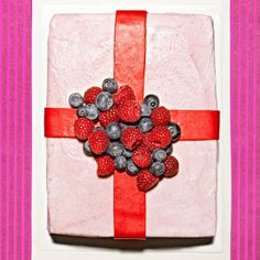 This really is a Berry Special Cake!