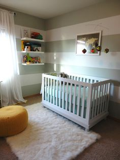 We can never say no to gray strips. #nursery