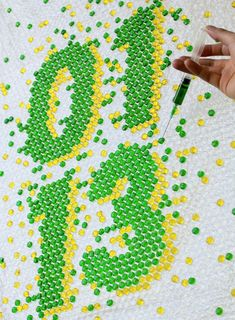 Cool idea for Bubblewrap - Would make a great sign for parties, birthdays, or anything - How great is that!