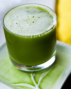 Cucumber, Spinach, Ginger, Green Apple, Kiwi, Lemon and Lime #smoothie #recipe #healthy #food