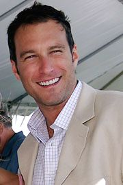 John Corbett from Northern Exposure, to Sex in the City, and then to United States of Tara. I watched them all.