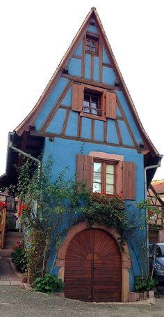 Adorable storybook cottage!
