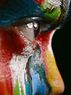 colour, captiv photographi, colors, dresses, beauti, paintings, artist makeup, eye, ink