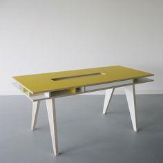 ARRé Design Insekt Desk Adult Yw