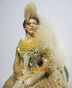 artists, sculptures, aganethadyck, queens, the artist, earth, place, aganetha dyck, honey bees