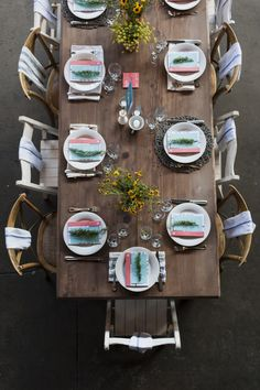 Dining for looks.