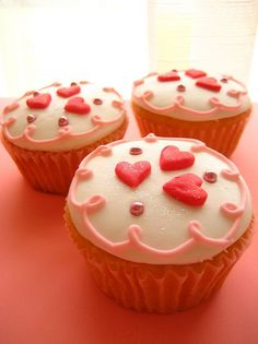 Valentine's Day cupcakes <3